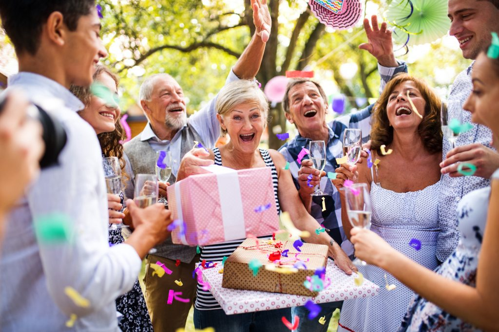 50 Great Retirement Party Songs Which Will Make You Dance